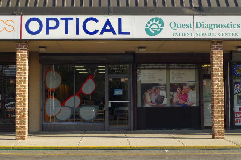 Howard Beach Vision Care storefront